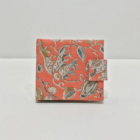 カード入れ更紗(サーモンピンク)